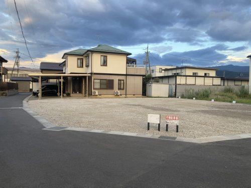 篠ノ井御幣川 丸山様月極駐車場